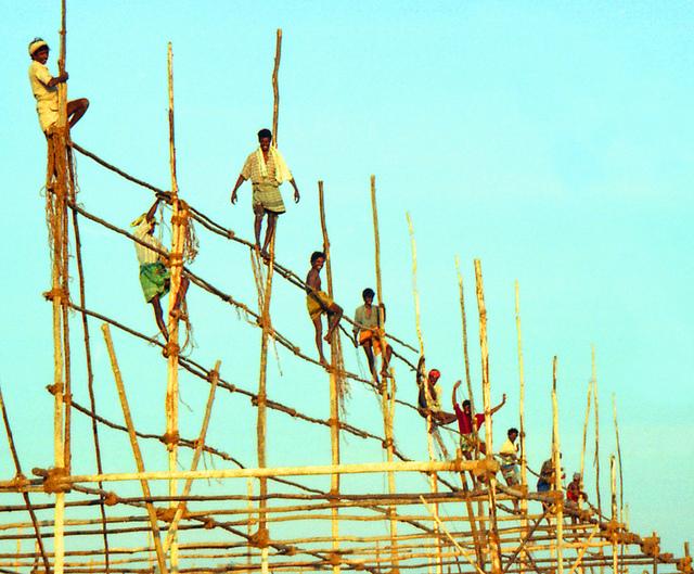Migrant Workers Blog Image - ConstructionWorkersIndia