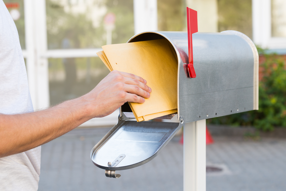 us mail box pkgs shutterstock_328329947